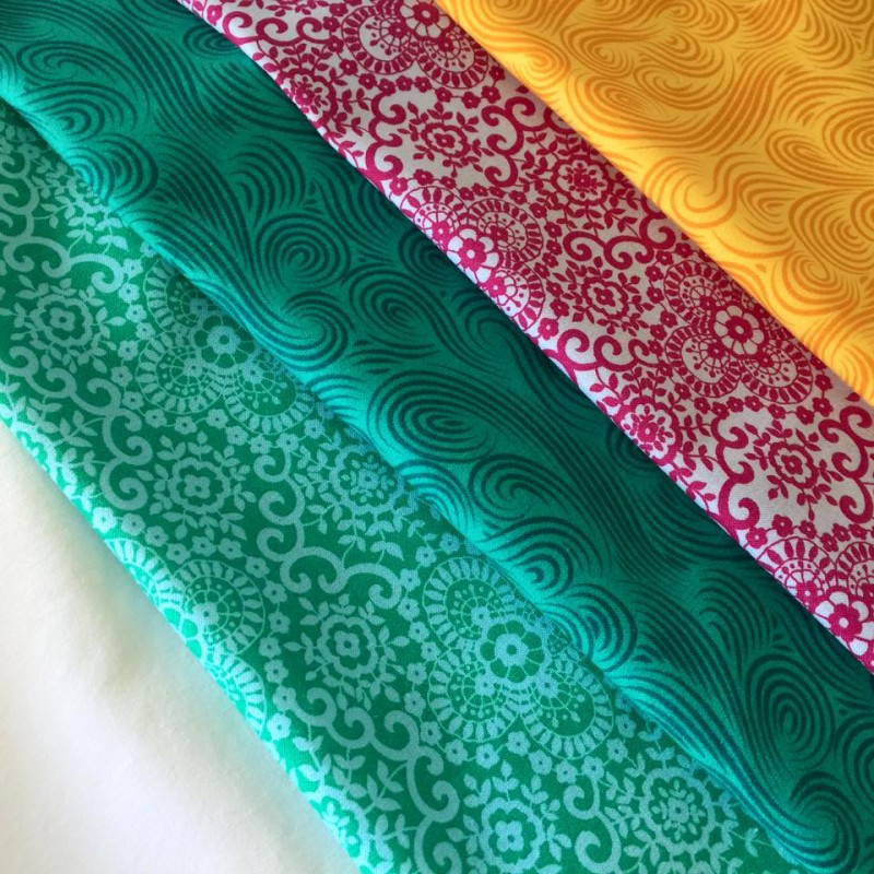 Choosing fabrics for my Oasis Quilt