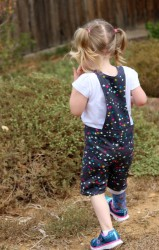 Playproof Dungaree by Serger Pepper Designs, sewn by Alex from Giddyants (3)