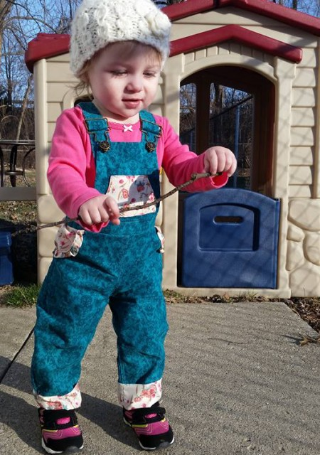 Playproof Dungaree by Serger Pepper Designs, sewn by Deirdre Moenk (1)